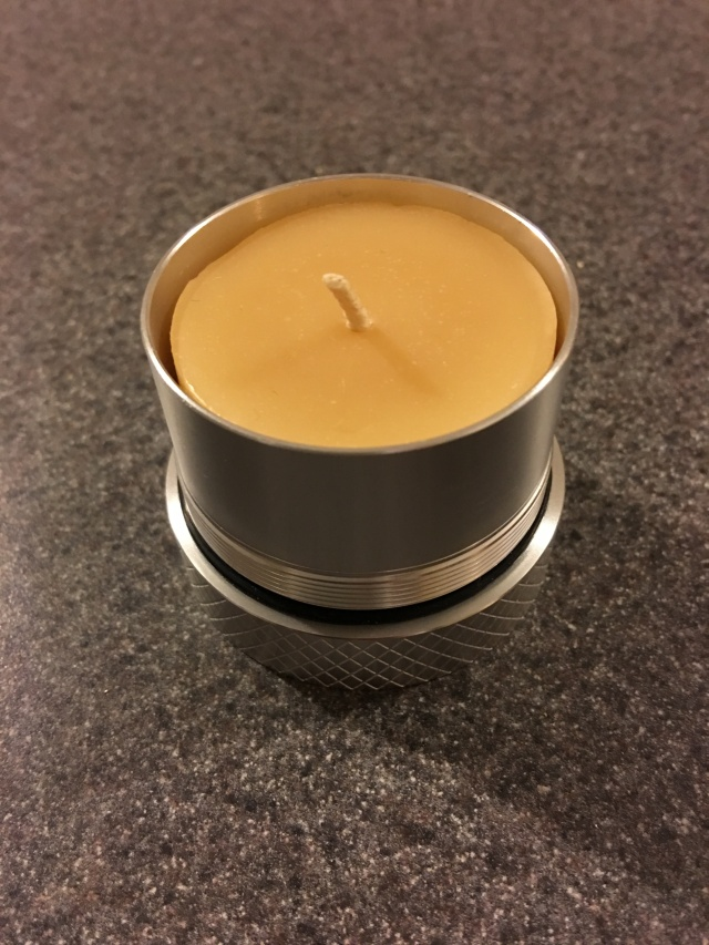 VSSL Supplies Beeswax Candle