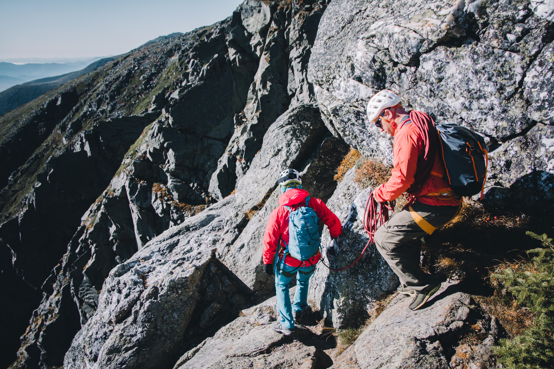 Short-Roping down the Huntington Ravine Trail