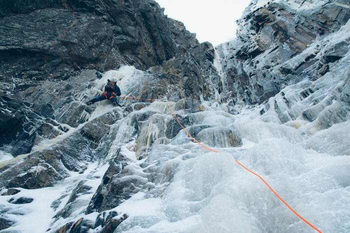 ice climbing black dike cannon cliff