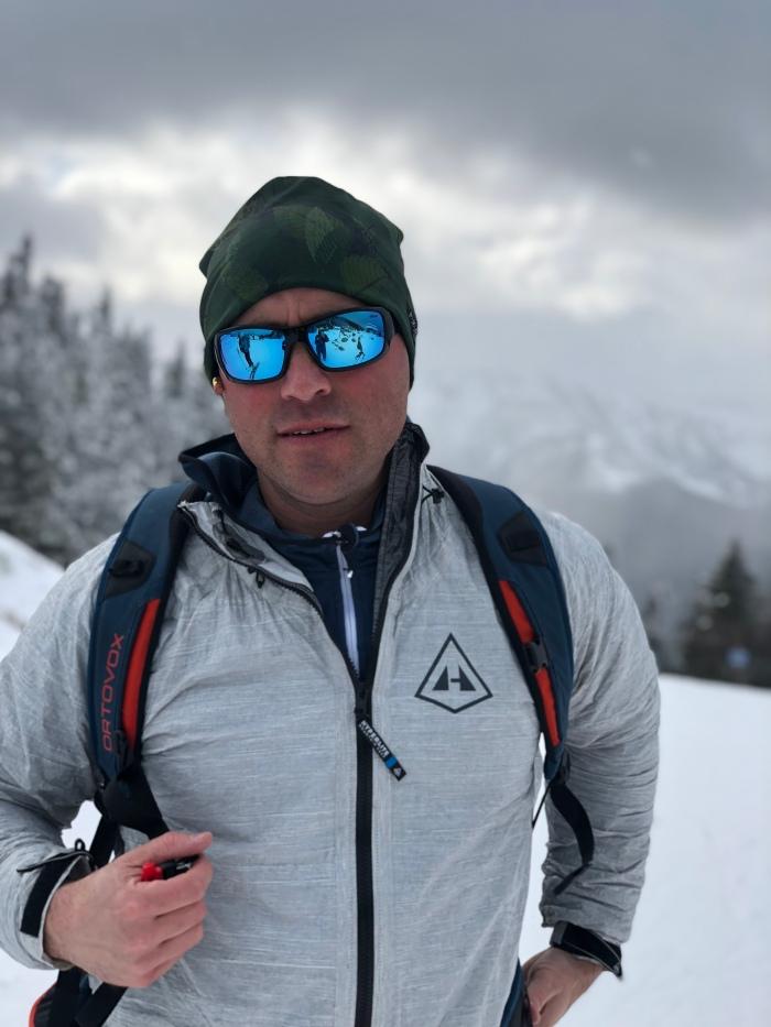"Gear Review- Hyperlite Mountain Gear ""The Shell"" Jacket  d8f403ca1eb6"